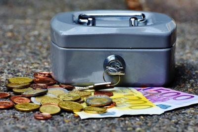 cashbox 1642989 by AlexasFotos, pixabay